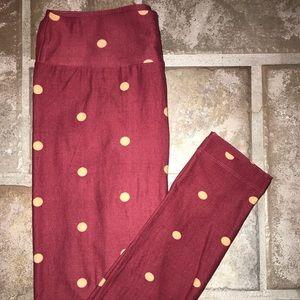 LuLaRoe OS polka dot leggings!